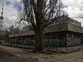 Киевляне своими силами восстанавливают заброшенный кинотеатр
