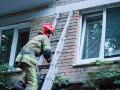 В Киеве пенсионерка уснула с включенной плитой: весь дом задыхался