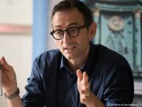 В Германии политик заразился коронавирусом ради девушки