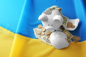 Новые валютные законы: Как на жизнь украинцев повлияет доллар