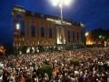 В Тбилиси протестующие штурмом взяли парламент