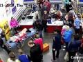 Россиянка родила в супермаркете у кассы