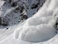 В Карпатах в апреле сошла лавина