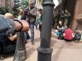 У здания Минюста правозащитники приковали себя наручниками