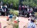 Автобус с туристами упал в реку в Перу