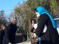 Людмила Янукович посетила могилу сына с охранниками и оцеплением - СМИ