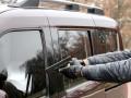 В Киеве недовольный водитель расстрелял машину и ранил двоих пассажиров