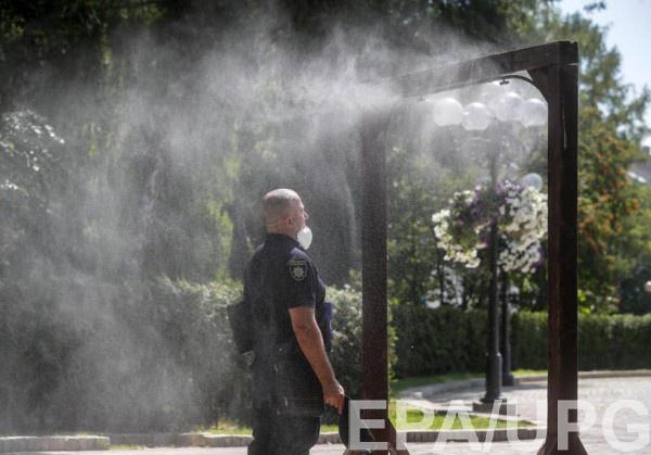 """""""Будьте осторожны"""" - просит киевлян Кличко"""