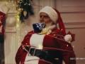 В Russia Today сняли видео, как Дед Мороз взял в заложники Санта Клауса