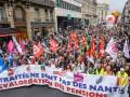 В Париже прошел марш против Макрона: банкам устроили погром