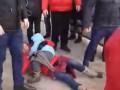 Под Киевом коллекторы силой выселили семью из жилого дома