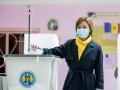 Санду обогнала Додона на выборах в Молдове