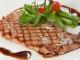 Новогодний стол: Супрун рассказала, полезно ли есть красное мясо