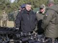 Аваков не планирует надевать камуфляж - не предусмотрено правилами