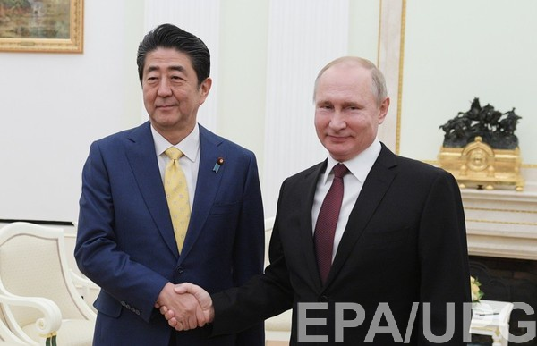 Абэ и Путин в начале 2019 года были в шаге от подписания договора