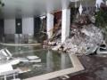В накрытом лавиной отеле в Италии много погибших - спасатели