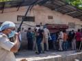 В Дели закрыли алкогольные магазины из-за ажиотажа