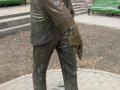 В Киеве вандалы повредили скульптуру Паниковского