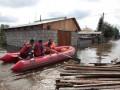 Дед и 15 зайцев эвакуированы из затопленного дома на Дальнем Востоке России