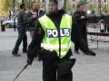 """""""Мы везде"""": в Швеции голый коп в сауне арестовал опасного преступника"""