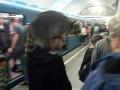 Пассажир киевской подземки вместо шапки надел енота