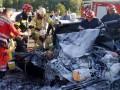 В Киеве автомобиль влетел в троллейбус