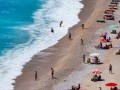 На видео показали соблюдение дистанции на пляжах Турции