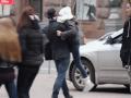Тест на равнодушие: в центре Киева активисты провели постановочное похищение