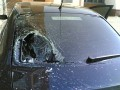 Сумасшедший в Киеве разгромил камнями семь припаркованных авто