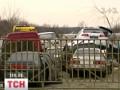 В Луганске вооруженные люди угнали со штрафплощадки 17 автомобилей – МВД