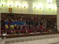 Митингующие из Кривого Рога прорвались в Раду, депутаты блокируют трибуну