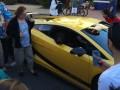 Животные недели: Медведь в Lamborghini и страшное подводное существо (ВИДЕО)
