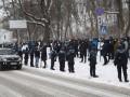 В Киеве протестуют у места проведения форума Зеленского