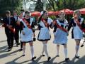 Выпускная позолота: украинские школьники получат больше медалей, в которые добавят драгметалл