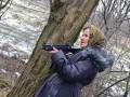 Интернет взорвали фото бабушки-стрелка