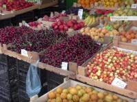Журналисты сравнили цены на фрукты в Крыму и Херсоне