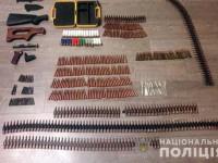 В Киеве спецназ задержал мужчину с арсеналом оружия