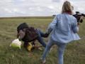 Суд оправдал венгерскую журналистку, которая поставила подножку беженцу