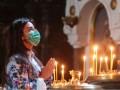 Церковные организации попросили Кабмин разрешить людям молиться в храмах