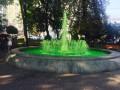 На Подоле вандалы испортили фонтан