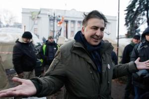 Саакашвили подал на Луценко заявление в НАБУ