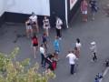 На улице в Харькове засняли пьяную девочку: ребенок в реанимации