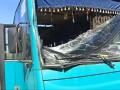 В Киеве маршрутка с пассажирами влетела в киоск