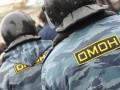 В Крыму вооруженный ОМОН охраняет детские санатории от