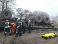 В Запорожье перевернулся военный КрАЗ, погиб водитель