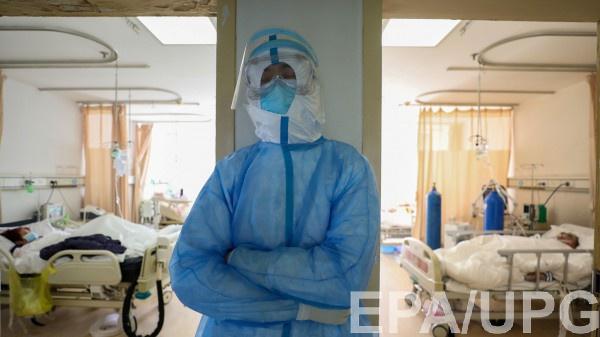 В Китае сделали прогноз по окончанию вспышки коронавируса