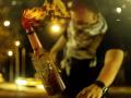 Возле Пассажа на Крещатике двое парней подожгли ночной бар