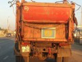 В Казахстане водителя задержали за государственый герб на мусоровозе