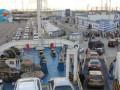 На Керченской переправе стоят почти 1,5 тысячи машин