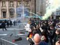 В Барселоне сепаратисты возводят баррикады